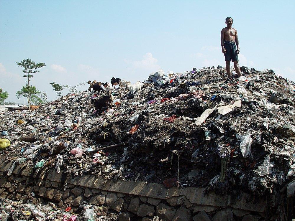 Müllberg in Jakarta