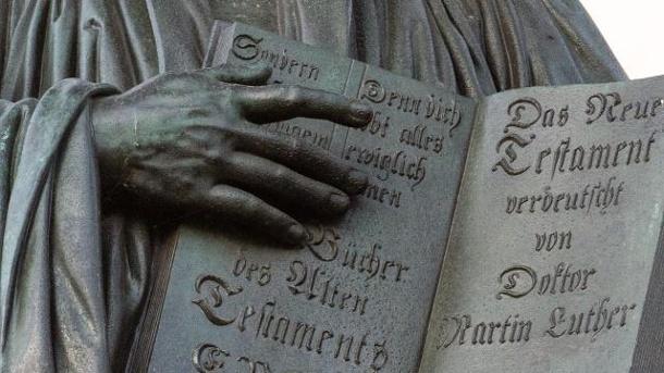 denkmal-des-reformators-martin-luther