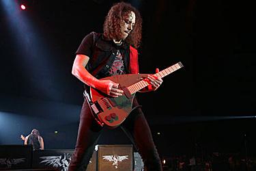 Kirk-Hammett (Metallica) mit Teuffel Tesla