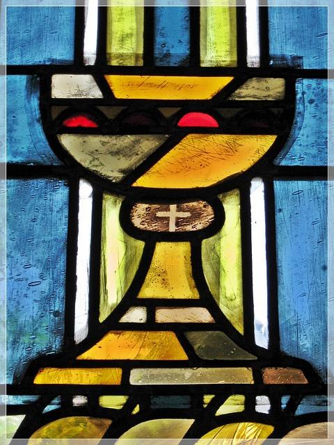 church-window-2149824_640