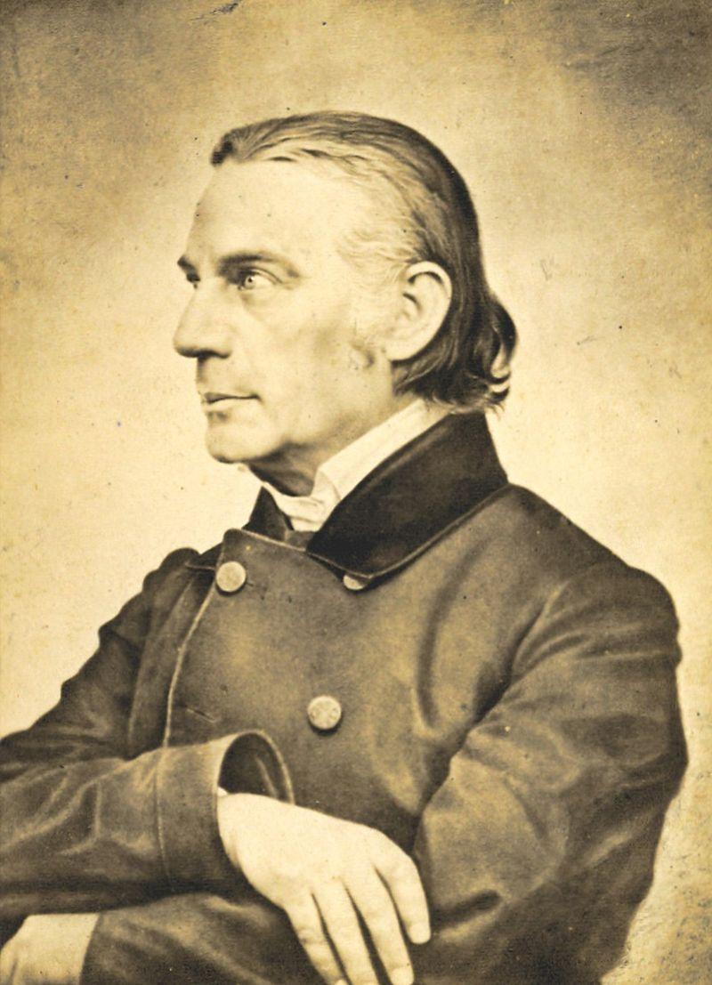 800px-Wilhelm_Löhe_(1808-1872)